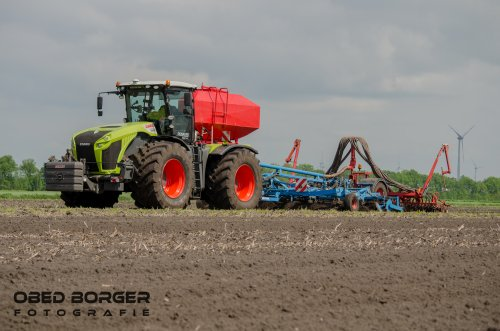 Claas Xerion 4000 van Obed Borger