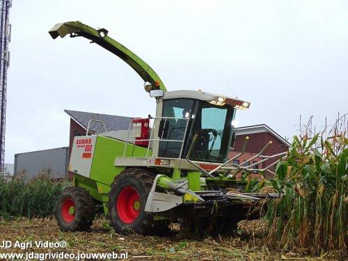 Foto van een Claas Jaguar 860. Geplaatst door JohanNunspeetElspeet op 10-10-2018 om 18:36:21, op TractorFan.nl - de nummer 1 tractor foto website.
