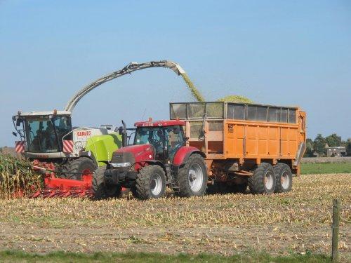 Foto van een Claas Jaguar 960. Geplaatst door RVanhessche op 09-04-2019 om 16:29:47, op TractorFan.nl - de nummer 1 tractor foto website.