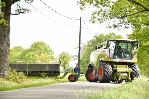 Lohnunternehmen Steyns (Lontzen) snijroggen hakselen in de Provincie Limburg enkele kilometers van de Belgische Kempen