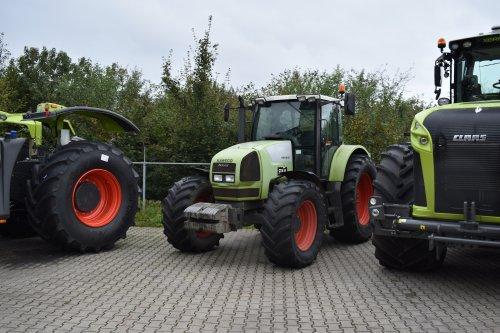 Foto van een Claas Ares 816 RZ. Geplaatst door jordi 1455 op 07-11-2019 om 20:50:28, op TractorFan.nl - de nummer 1 tractor foto website.