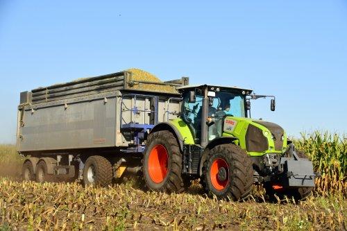 Lohnunternehmen Sudenn. Geplaatst door jd7920 op 04-01-2020 om 13:28:06, op TractorFan.nl - de nummer 1 tractor foto website.