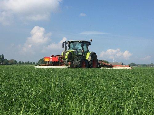 Foto van een Claas Arion 660. Geplaatst door tommy6610 op 23-03-2020 om 10:55:27, op TractorFan.nl - de nummer 1 tractor foto website.