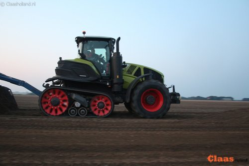 Claas Axion 960 van Claas Holland
