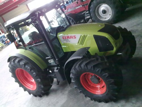 Claas Axos 330 CX van IH power in dk