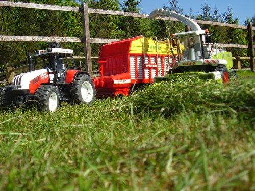 Landbouw miniaturen schaal onbekend Meerdere van Deutz-Johndeere