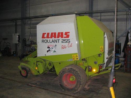Claas Rollant 255 van driesdekegel