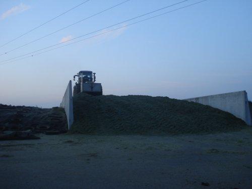 Foto van een Claas Xerion 3800 VC. 125 Hectare aan de bult van de totale 136 hectare. Kumm Agrarservice!
