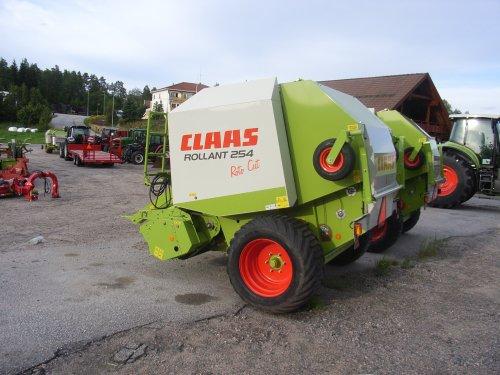 Claas Rollant 254 van janrus