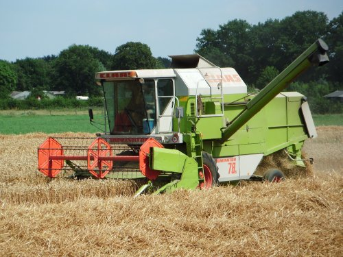 Picture Claas Dominator 78