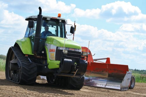 Picture Claas Challenger
