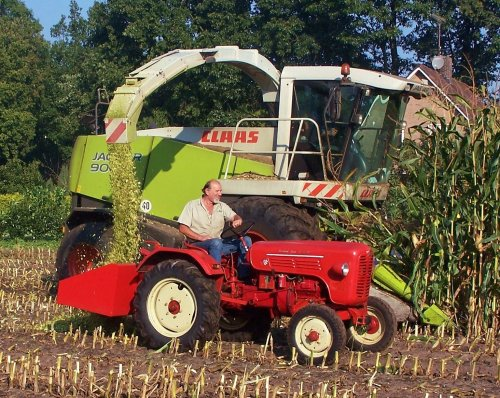 Claas Jaguar 900 van Martin Holland