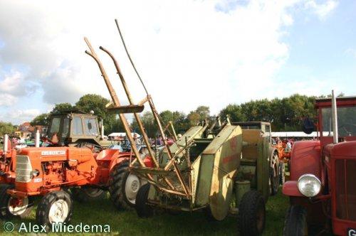 Foto van een Claas Maximum.. Geplaatst door Alex Miedema op 13-01-2014 om 17:29:10, op TractorFan.nl - de nummer 1 tractor foto website.