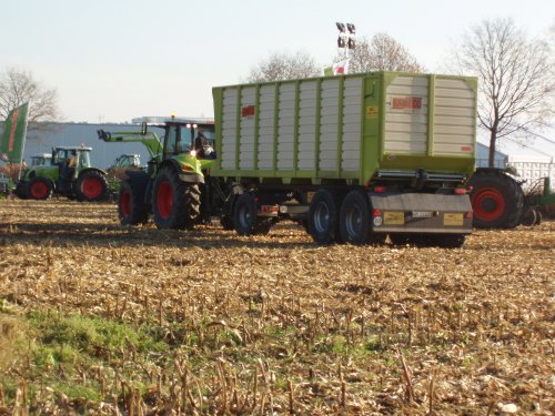 Claas Axion 810 van hobby-farmer