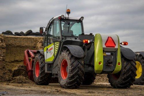 Claas Scorpion 7030 van LandbouwLeistra