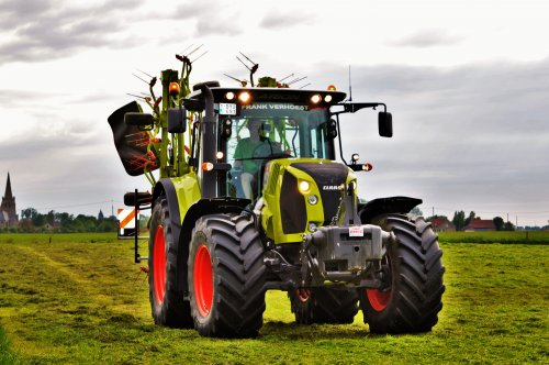 Claas Arion 640 van Jan Ramon