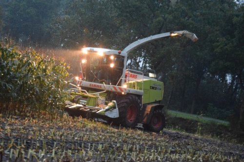 Claas Jaguar 850 Green Eye van betten