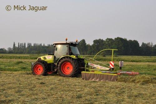 Claas Atos 330 van Mick Jaguar