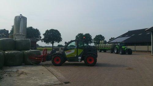 Foto van een Claas Scorpion 6030. Geplaatst door Tractorfan-Guus op 12-06-2016 om 22:21:15, op TractorFan.nl - de nummer 1 tractor foto website.