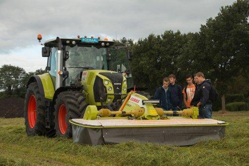 Claas ruwvoerwinning & grondbewerkings dag van MBO Terra.  Meer foto's zijn te bekijken op: http://www.trekkerfotografie.nl