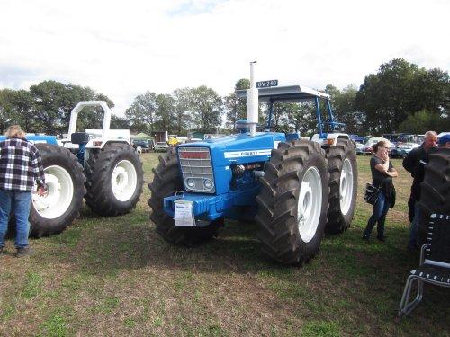 Foto van een County 1164. Geplaatst door jordi 1455 op 09-11-2018 om 20:04:10, op TractorFan.nl - de nummer 1 tractor foto website.
