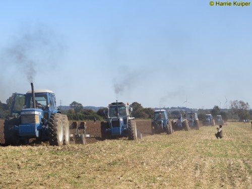 Foto van een County Meerdere   , County en Roadless weekend 21-09-2019 Lilbourne. Geplaatst door oldtimergek op 25-10-2019 om 10:18:33, op TractorFan.nl - de nummer 1 tractor foto website.