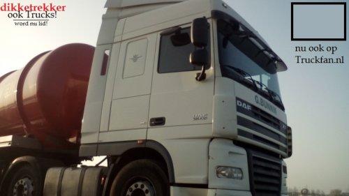 Foto van een DAF XF105105.410 (euro 5) van G. Bunnik (Bodegraven) met de mesttrailer eerder al te zien op Tractorfan, en nu ook op Truckfan. volg on en word lid van; Dikketrekker