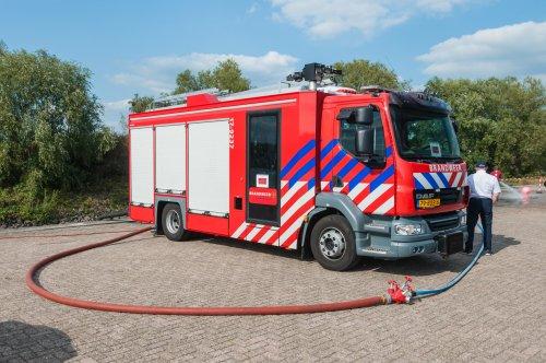 Foto van een DAF LF55, opgebouwd als brandweer.. Geplaatst door xrayjaco op 02-09-2018 om 14:05:12, op TractorFan.nl - de nummer 1 tractor foto website.