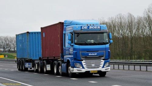 Foto van een DAF XF Euro 6, opgebouwd voor containertransport.. Geplaatst door pierius-van-solkema op 08-04-2020 om 20:33:42, op TractorFan.nl - de nummer 1 tractor foto website.