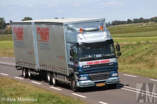 Foto van een DAF CF85, opgebouwd als zeilenwagen.. Geplaatst door Alex Miedema op 26-08-2014 om 17:59:54, op TractorFan.nl - de nummer 1 tractor foto website.