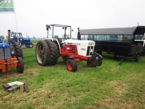 Foto van een David Brown 1210. Geplaatst door jordi 1455 op 19-05-2018 om 22:26:58, op TractorFan.nl - de nummer 1 tractor foto website.