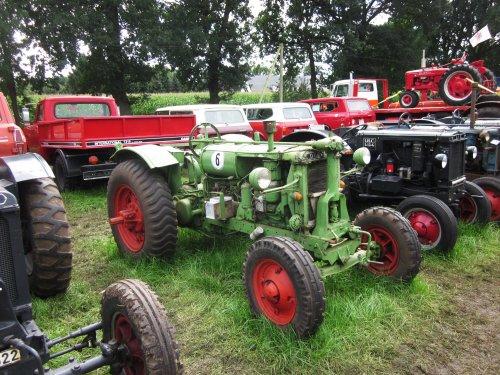 Foto van een Deering F 12 G. Geplaatst door jordi 1455 op 07-12-2017 om 21:53:42, op TractorFan.nl - de nummer 1 tractor foto website.