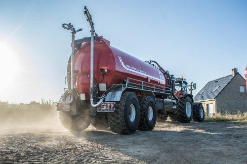 Eerst te nat, dan te droog. Wat gaan we nog moeten verwachten in 2016!!. Geplaatst door Jan Ramon op 19-07-2016 om 19:39:50, op TractorFan.nl - de nummer 1 tractor foto website.