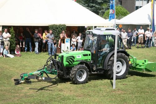 Picture Deutz-Fahr Agrocompact F100