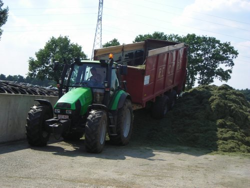 Deutz-Fahr Agrotron 120 van landbouw