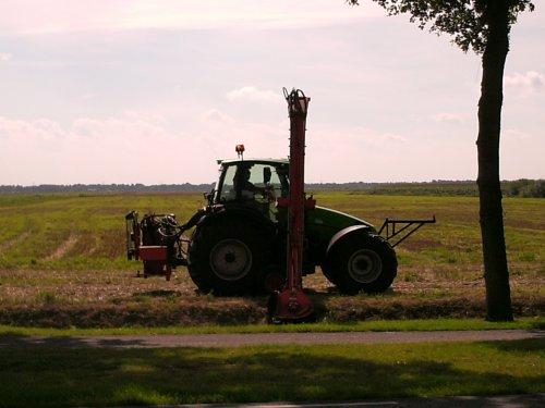 Deutz-Fahr Agrotron van jdfanev