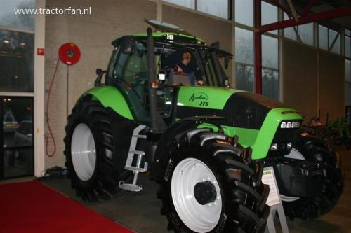 Deutz-Fahr Agrotron 215 van ErikJan