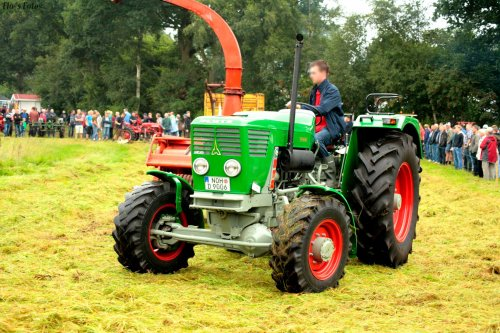 Foto van een Deutz D9006. Geplaatst door Florian op 24-11-2016 om 21:08:33, op TractorFan.nl - de nummer 1 tractor foto website.