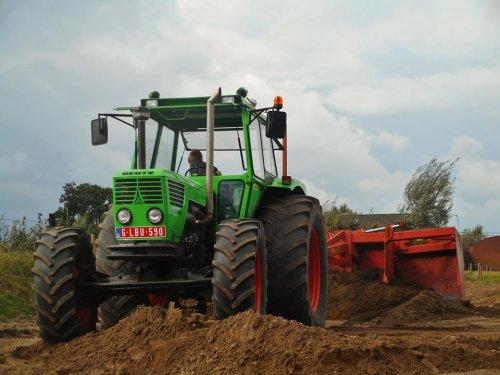 Het geweld van [@deutz7006] voor het kilverbord vorig jaar.. Geplaatst door tractorquintentje op 02-03-2017 om 14:28:37, op TractorFan.nl - de nummer 1 tractor foto website.