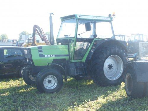 Foto van een Deutz DX 430. Geplaatst door manus op 10-04-2017 om 20:10:54, op TractorFan.nl - de nummer 1 tractor foto website.
