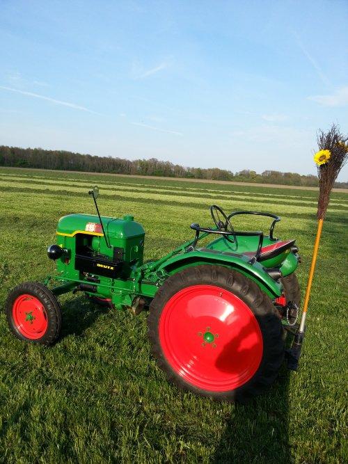 Foto van een Deutz F1L612. Geplaatst door wilko maas op 02-05-2017 om 21:58:58, op TractorFan.nl - de nummer 1 tractor foto website.
