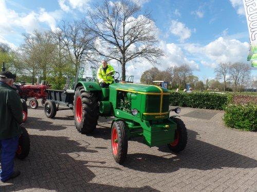 Foto van een Deutz F4L514 Koningsrit 2017. Geplaatst door dickt op 14-05-2017 om 18:40:10, op TractorFan.nl - de nummer 1 tractor foto website.