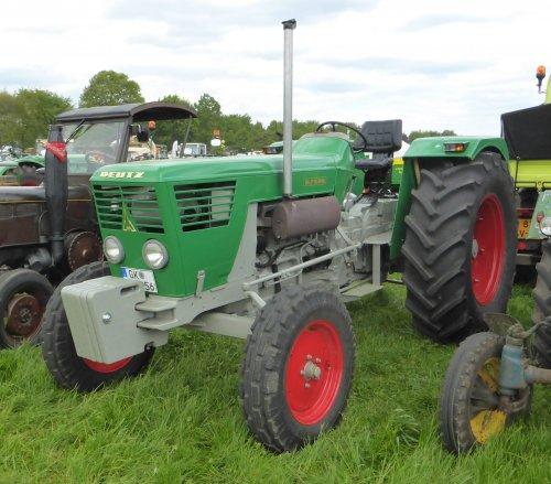 Foto van een Deutz D7506, tijdens het Montforter Oldtimer Treffen.. Geplaatst door Oldtimer-fan op 15-05-2017 om 23:17:34, op TractorFan.nl - de nummer 1 tractor foto website.