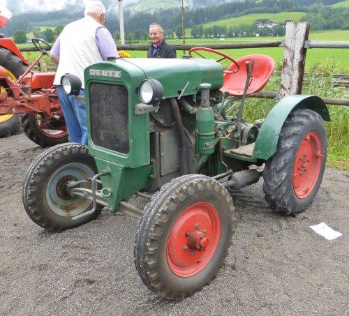 Foto van een Deutz F1M414 tijdens het Oldtimer Treffen in Kirchberg in Tirol.. Geplaatst door Oldtimer-fan op 19-08-2017 om 00:41:02, op TractorFan.nl - de nummer 1 tractor foto website.