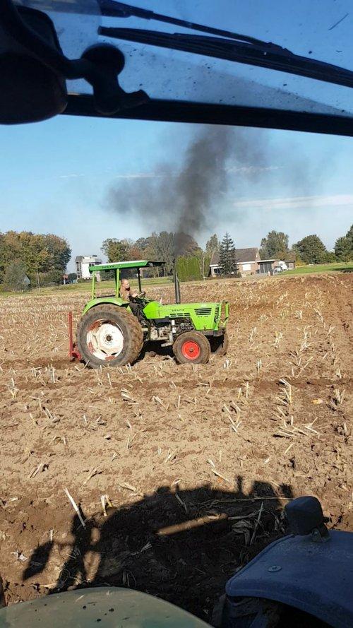 Foto van een Deutz D6206 speelkwartier😎. Geplaatst door sjonnies op 16-11-2017 om 10:16:55, op TractorFan.nl - de nummer 1 tractor foto website.