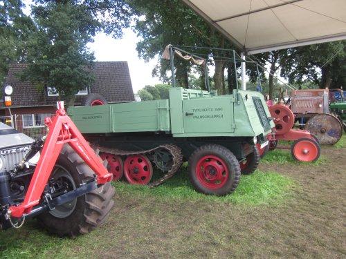 Foto van een Deutz 1500 Waldschlepper. Geplaatst door jordi 1455 op 09-12-2017 om 19:51:12, op TractorFan.nl - de nummer 1 tractor foto website.