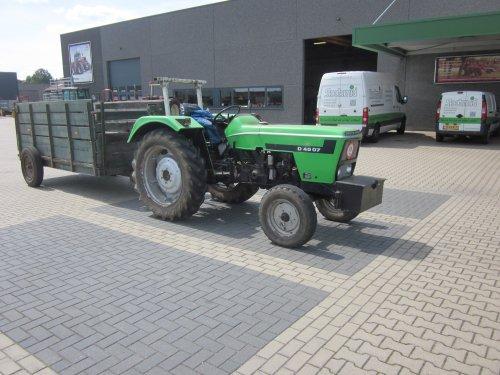 Foto van een Deutz D4507. Geplaatst door jordi 1455 op 16-12-2017 om 17:59:33, op TractorFan.nl - de nummer 1 tractor foto website.