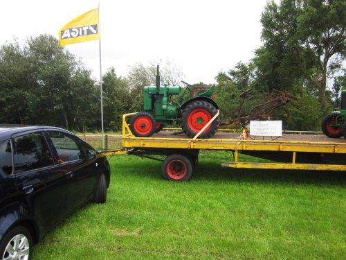 Foto van een Deutz F1M414. Geplaatst door jordi 1455 op 28-12-2017 om 20:33:31, op TractorFan.nl - de nummer 1 tractor foto website.