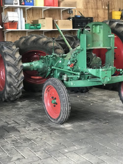 Foto van een Deutz D15. Geplaatst door agripower38 op 01-04-2018 om 16:30:45, op TractorFan.nl - de nummer 1 tractor foto website.