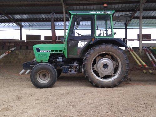 Foto van een Deutz D6007 C. Geplaatst door case en international 1455xl op 13-05-2018 om 15:59:50, op TractorFan.nl - de nummer 1 tractor foto website.